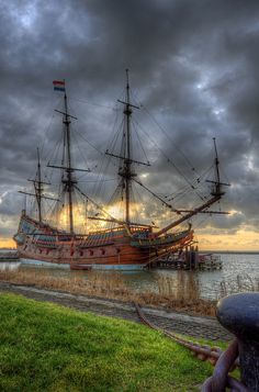 Lelystad; Batavia harbour with the Batavia | Flickr - Photo Sharing!
