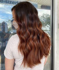 Hair Color Streaks, Hair Color Auburn, Hair Color And Cut, Auburn Hair, Face Framing Hair, Cinnamon Hair Colors, Red Balayage Hair, Hairdressers, Hair Brained