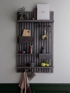 https://www.fermliving.com/webshop/shop/news-living/wooden-multi-shelf-stained-black.aspx