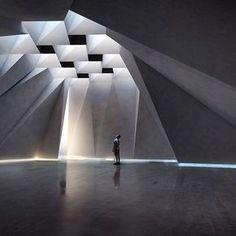 Architecture we like / Light / Seelings / Concrete / Heroic / at Design Binge
