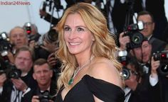 Julia Roberts is People mag's 'most beautiful' 2017; so what's her diet regimen and favourite red carpet dress?