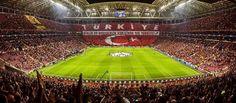 Kurban Bayramınız Galatasaray'ın koreografileri kadar güzel geçsin.