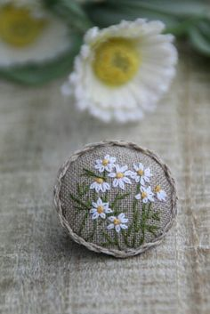 Awesome Most Popular Embroidery Patterns Ideas. Most Popular Embroidery Patterns Ideas. Embroidery Applique, Floral Embroidery, Cross Stitch Embroidery, Embroidery Patterns, Brooches Handmade, Fabric Jewelry, Embroidery Techniques, Blackwork, Needlework
