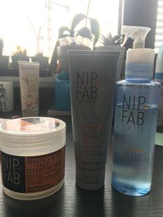 Nikki Andrews: Nip +