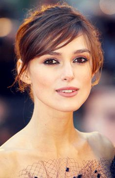 Keira Knightley - Gorgeous eye liner. Love this whole look, hair and make up.