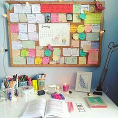 Five minutes every day to tidy up your home desk!!!