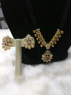 Perfect gift during Sravan Month Kerala Jewellery, Saree Jewellery, Indian Jewelry, Gold Jhumka Earrings, Gold Earrings Designs, Gold Jewellery Design, Diamond Jewelry, Gold Jewelry, Beaded Jewelry