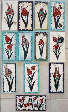 Budget Decorating Using Pottery Turkish Art, Turkish Tiles, Islamic Art Pattern, Pattern Art, Ceramic Painting, Ceramic Art, Pakistan Art, Turkish Pattern, Glazes For Pottery