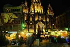 The traditional Christmas market at the cathedral. Image by © Turisme de Barcelona