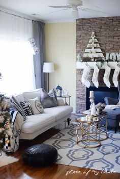 Love this neutral Christmas Decor - Place Of My Taste