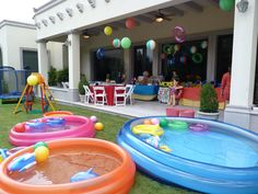 Layout backyard: 1 kid pool, 2 medium pools, 1 large pool, Spiral Sprinkler toy, Outdoor Trampoline, wooden swing, kids picnic table and various toys inflatables