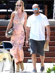 Star Tracks: Tuesday, September 2, 2014 | EVERYTHING'S ROSIE   | Actor Jason Statham and supermodel Rosie Huntington-Whiteley are the very picture of summer as they enjoy a day out together Sunday at the Malibu Country Mart.