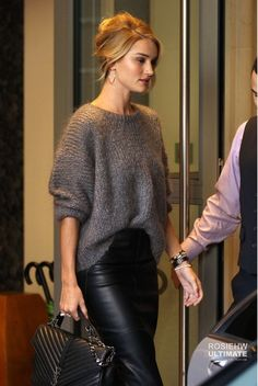 http://pictures.rosie-huntington-whiteley.com/displayimage.php?album=3722