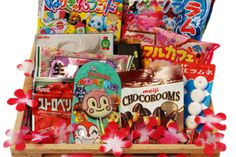 Japan Crate: Japan Crate is a monthly subscription that sends you candy straight from Tokyo! Free world-wide shipping.
