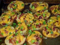 kaas – Page 5 – Kreatiewe Kos Idees Crispy Baked Potatoes, Potatoes In Oven, Sliced Potatoes, Baby Potatoes, Appetizers For Party, Appetizer Recipes, Bacon Appetizers, Kos, Bacon Potato