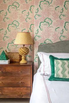 Bedroom Color Schemes, Bedroom Colors, Neutral Bedrooms, White Bedrooms, Western Style, Home Bedroom, Bedroom Decor, Decor Room, Entryway Decor