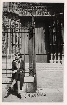 Victoria Ocampo en Chartres.