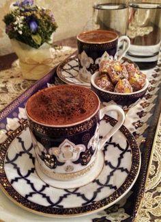 ✿ ❤Turkish coffee and Turkish Delight ☕ Coffee Latte, I Love Coffee, Espresso Coffee, Coffee Break, My Coffee, Coffee Drinks, Coffee Time, Morning Coffee, Espresso Cups