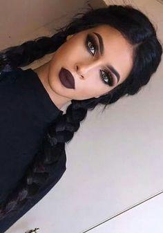 Dark Makeup Looks, Pretty Makeup, Simple Makeup, Make Up Looks, Dark Lipstick Makeup, Lip Makeup, Black Lipstick, Dark Hair Makeup, Lipstick Style