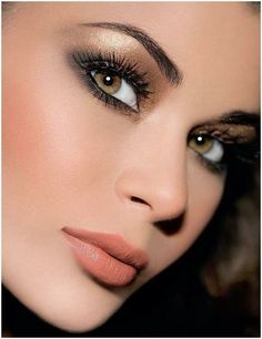 Such a pretty look for bridal, just a little less shimmer on the eyes