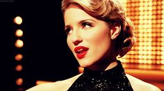 """Dianna Agron being wonderful singing """"Never Can Say Goodbye"""" on Glee"""