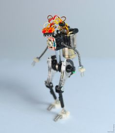 Portugese product designer Marco Fernandes built some fun robots out of electrical components salvaged from the trash heap. So far Fernandes has designed nine figures as part of his R³bot series
