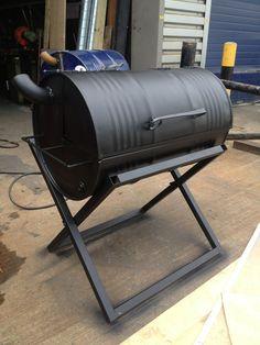 Original Jerk - Creative metalwork, fabrication and blacksmithing south london Build A Smoker, Diy Smoker, Homemade Smoker, Oil Drum Bbq, Backyard Bbq Pit, Bbq Stove, Barrel Grill, Barbecue Pit, Diy Grill