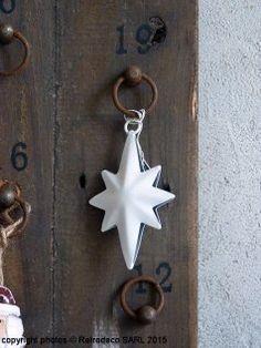 Petite étoile oblongue métal blanc, déco noël, Ib Laursen