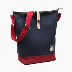 Getaway Obia Burgundy Navy Waterproof Messenger Bag 374d429523