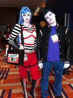 Ghoulia Yelps and Slo-Mo From: Monster High  Cosplayers: Dara & Joe (via http://arashi842.deviantart.com/) Photographer: unknown Source: Stanice-on-wing via Deviantart