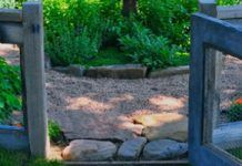 15 DIY Garden Fence Ideas That Will Create The Ultimate Garden Boundary