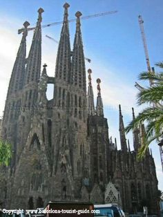 Photo of old façade of the Sagrada Familia