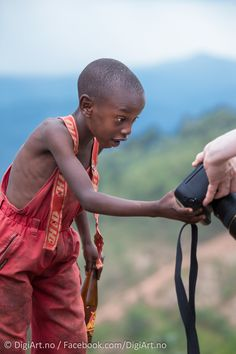 Curious kid in Rwanda by Kay-Åge Fugledal on 500px