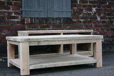 Beistelltische - Couchtisch, Loungetisch aus altem Bauholz . - ein Designerstück von Linnards bei DaWanda