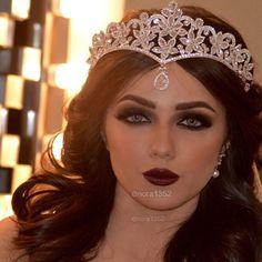 Makeup Art, Beauty Makeup, Hair Makeup, Arab Wedding, Beautiful Engagement Rings, Beautiful Bride, Wedding Makeup, Bride Groom, Hair And Nails