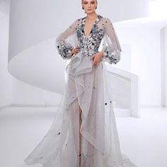 SAIID KOBEISY (@saiidkobeisy) • Instagram photos and videos Saiid Kobeisy, Women's Evening Dresses, Kimono Top, Photo And Video, Videos, Photos, Instagram, Tops, Fashion