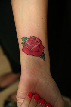 Feminine Forearm Tattoos for Women - Tattoo Designs Piercing Body . Lower Arm Tattoos, Rose Tattoos On Wrist, Outer Forearm Tattoo, Small Forearm Tattoos, Cute Tattoos For Women, Cute Small Tattoos, Bohemian Tattoo, Elegant Tattoos, Small Tattoos With Meaning