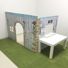 My Shelf/ダイソー/IKEA/カラーボックス/子供部屋/ウォールステッカー...などのインテリア実例 - 2017-12-26 17:43:39 Cardboard Playhouse, Cardboard Crafts, Kids Connection, Cardboard Furniture, Sewing Projects For Kids, Outdoor Furniture Sets, Outdoor Decor, Stand Design, Indoor Activities