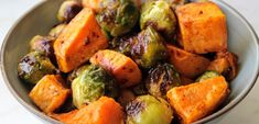 Diabetic Recipes, Diet Recipes, Healthy Recipes, Healthy Food, Soup And Salad, Feta, Sweet Potato, Potato Salad, Sandwiches