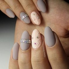 Oval nails are one of the most classical nail shapes. Oval nails are quite popular in today's fashion world. In recent years, matte nail art Feet Nail Design, Nails Design With Rhinestones, Nagel Hacks, Matte Nail Polish, Oval Nails, Feet Nails, Malva, Rhinestone Nails, Easy Nail Art