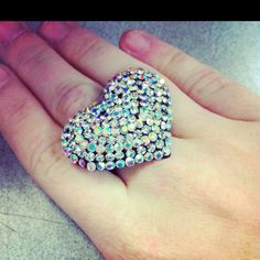 I have a ring very similar to this! Love it!