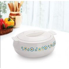 Cello Ornate Casserole 1700 ml - White. Stop your worries of keeping your food warm during your dinner. Aesthetically designed, Cello vibrant casseroles are an absolute marvel of design elegance.