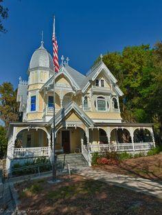 The LakeSide Inn, Mount Dora Fl  Old Florida at it's finest