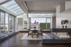 Take a look at Amy Schumer's new NYC apartment! The New York space boasts a killer view. For more celebrity style and real estate news, head to Domino. Amy Schumer, New York Homes, Residential Real Estate, Floor To Ceiling Windows, Celebrity Houses, Cool House Designs, Home Decor Trends, Architecture, Apartment Living