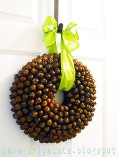 Lake Girl Paints: Hickory Nut Wreath for Phil and Gloria next fall Thanksgiving Projects, Thanksgiving Traditions, Christmas Projects, Holiday Crafts, Christmas Crafts, Christmas Ideas, Thanksgiving Art, Xmas, Holiday Decor