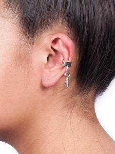 Silver Key Ear Cuff