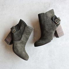 Sbicca Lorenza forest green suede leather ankle booties ($94) ❤ liked on Polyvore featuring shoes, boots, ankle booties, fake boots, synthetic boots, suede boots, sbicca boots and block heel booties