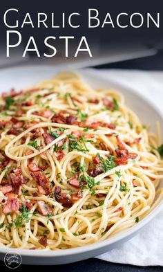 This Easy Garlic Bacon Pasta Recipe is going to be your go-to weeknight meal when you need a quick dinner on the table in just 10 minutes. With just 5 ingredients - pasta, olive oil, garlic, bacon, an Bacon Pasta Recipes, Angel Hair Pasta Recipes, Pastas Recipes, Spaghetti Recipes, Cooking Recipes, Bacon Dinner Recipes, Quick Pasta Recipes, Pasta With Bacon, Bacon Meals