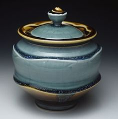 Ryan Greenheck's porcelain delicacies are delightful, light-as-air constructs with flowing glazes His work can be seen at MudFire Gallery in Atlanta, Decatur GA. Ceramic Boxes, Ceramic Jars, Ceramic Clay, Ceramic Painting, Ceramic Pottery, Pottery Art, Earthenware, Stoneware, Pottery Videos