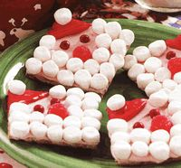 santa cookies using graham cracker | CakeWorks Central - Cake, Cupcake and Cookie Decorating Ideas and ...